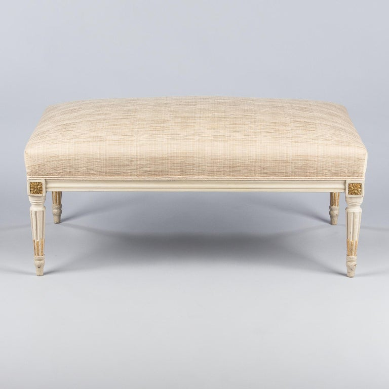 Louis XVI Style Upholstered Painted Ottoman, France, Early 1900s For Sale 6