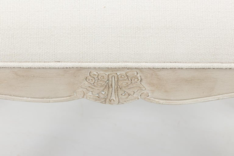 20th Century Louis XVI Style White Painted Upholstered Bench, circa 1950 For Sale