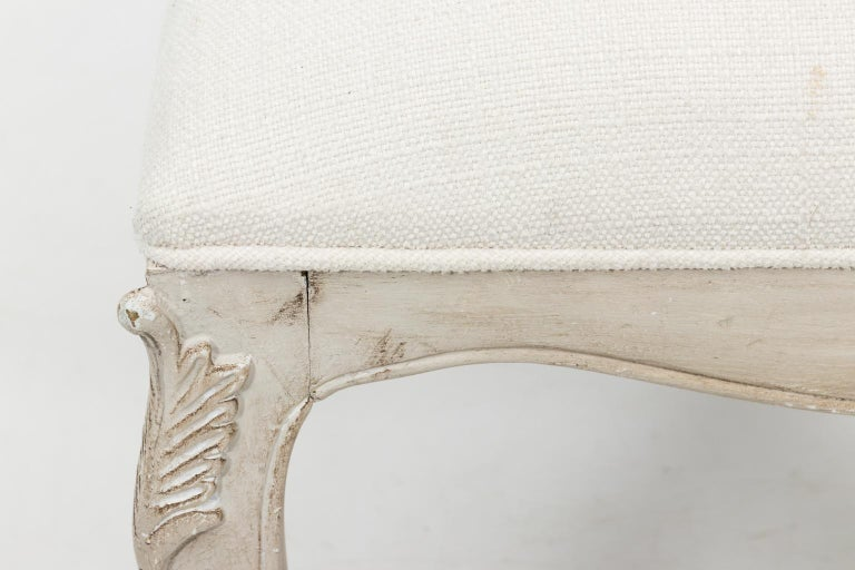 Louis XVI Style White Painted Upholstered Bench, circa 1950 For Sale 4