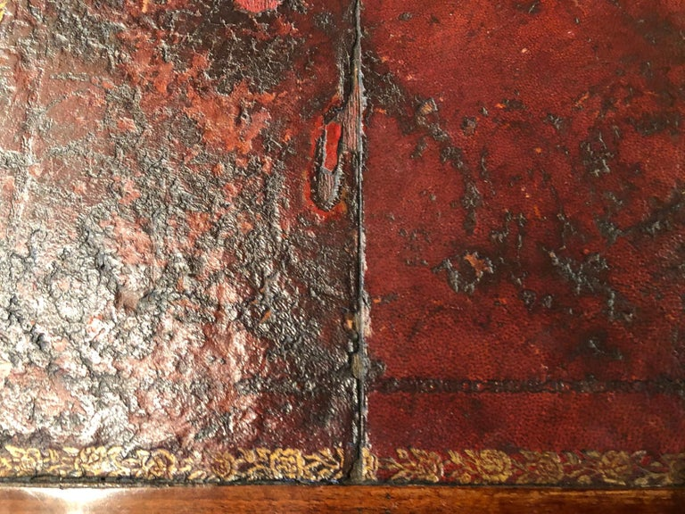 Louis XVI Style Writing Table with Red Leather Writing Surface For Sale 11