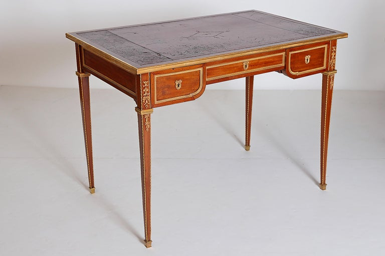 Louis XVI Style Writing Table with Red Leather Writing Surface For Sale 1