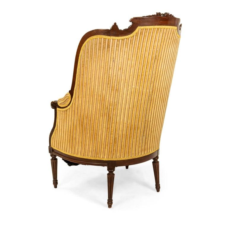 Louis XVI Walnut Bergère Armchairs For Sale 2