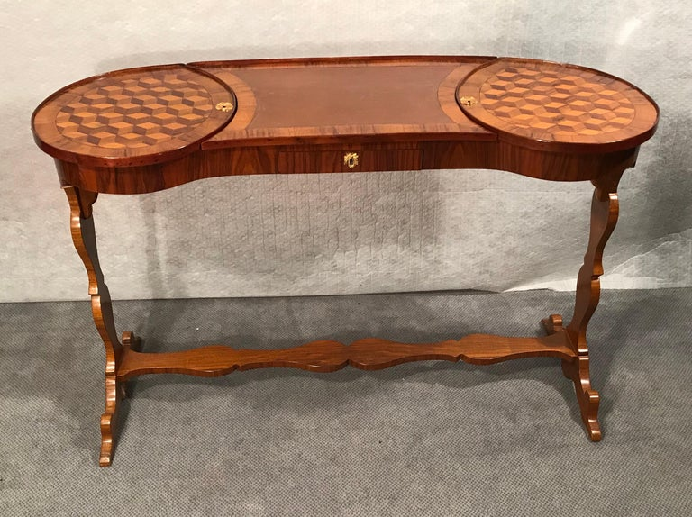 French Louis XVI Working Table, France, 1780 For Sale
