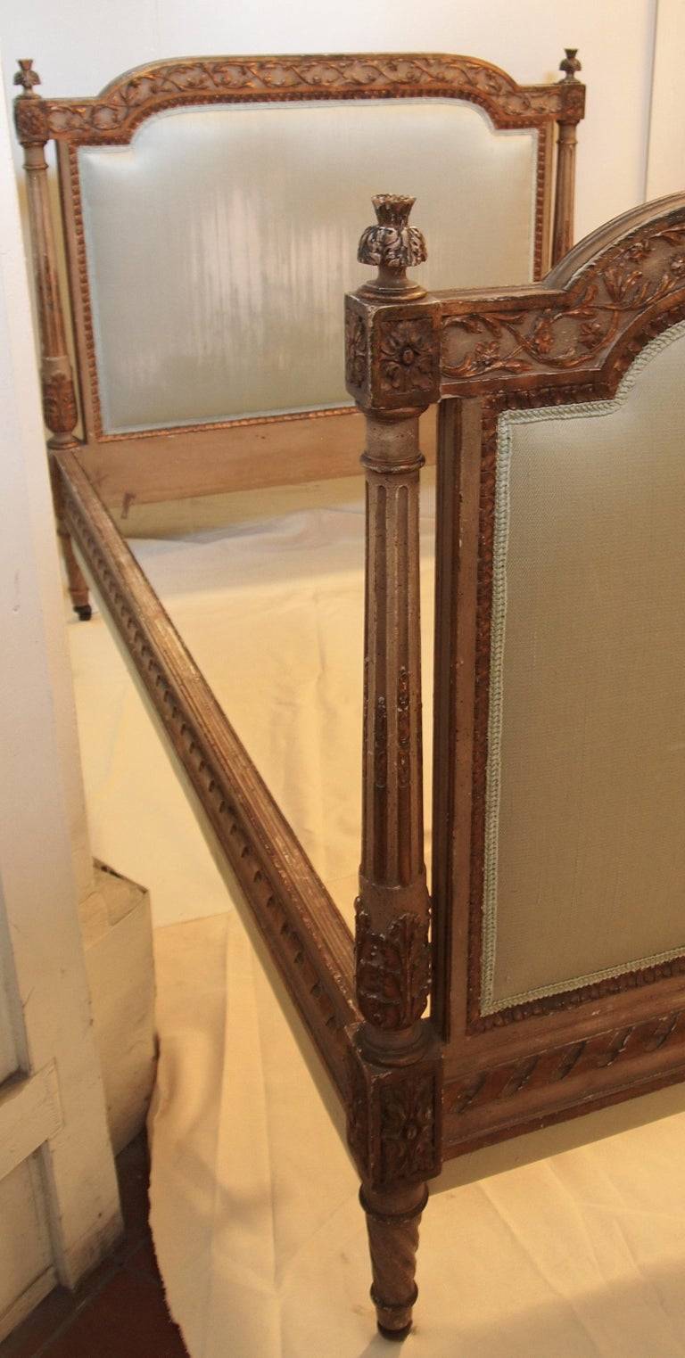 Carved Louis XVl Style Parcel-Gilt and Painted Day Bed For Sale