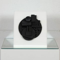 "Louise Nevelson ""Collegiate"""