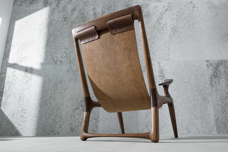 Mid-Century Modern Lounge and Accent Sling Chair, Walnut and Brown Leather by Fernweh Woodworking For Sale