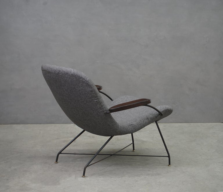 Lounge Armchair by Carlo Hauner and Martin Eisler, Brazilian Midcentury Design In Good Condition For Sale In Clifton, NJ