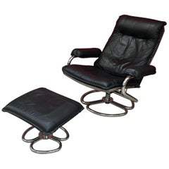 Lounge Chair and His Ottoman, in Chrome Metal and Leather, circa 1970