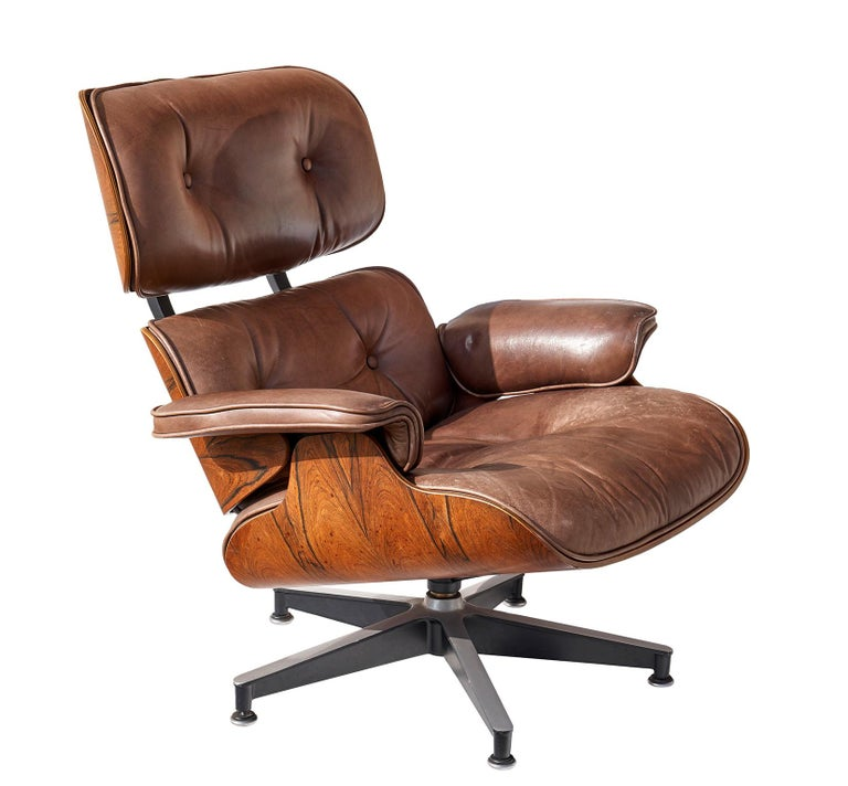 Mid-20th Century Lounge Chair and Ottoman by Charles and Ray Eames For Sale