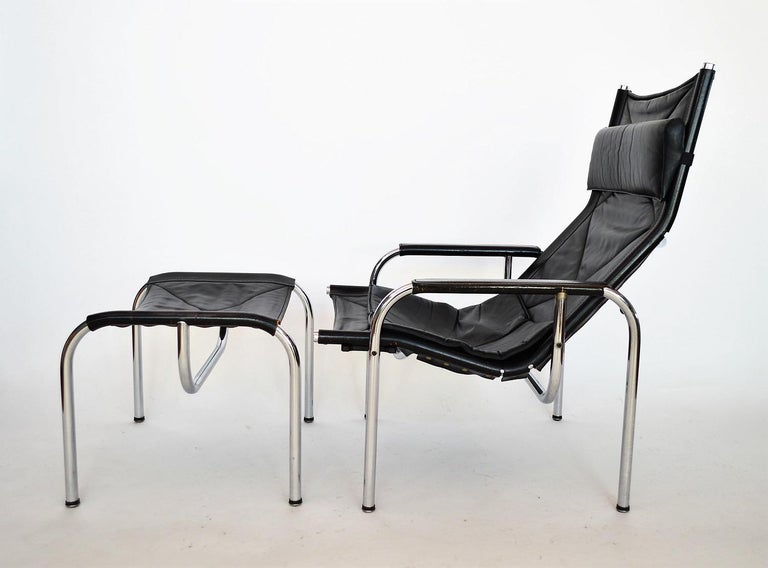 Mid-Century Modern Lounge Chair and Ottoman by Hans Eichenberger for Strässle, 1970s For Sale