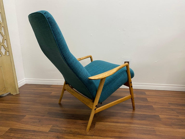 Lounge Chair by Alf Svensson for DUX In Good Condition For Sale In Los Angeles, CA