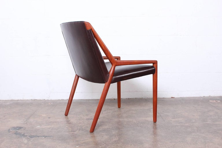 Lounge Chair by Ejner Larsen and Axel Bender Madsen for Willy Beck In Good Condition For Sale In Dallas, TX