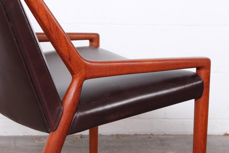 Mid-20th Century Lounge Chair by Ejner Larsen and Axel Bender Madsen for Willy Beck For Sale