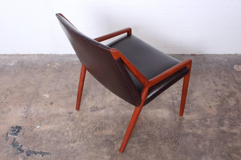 Teak Lounge Chair by Ejner Larsen and Axel Bender Madsen for Willy Beck For Sale