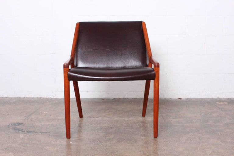 Lounge Chair by Ejner Larsen and Axel Bender Madsen for Willy Beck For Sale 1
