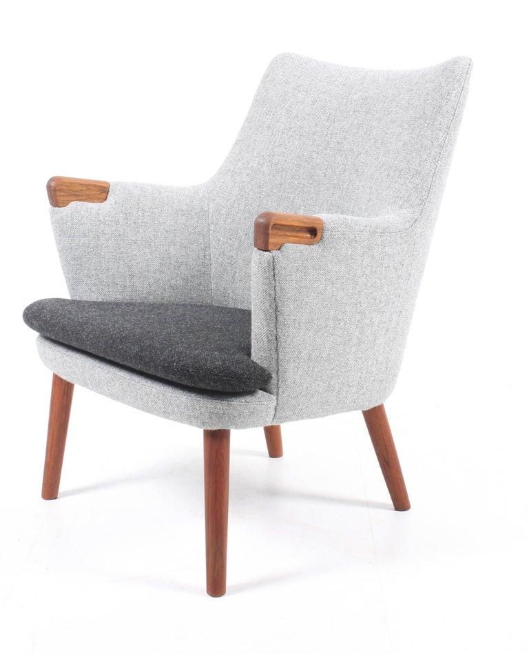 Danish Lounge Chair by Hans J. Wegner For Sale