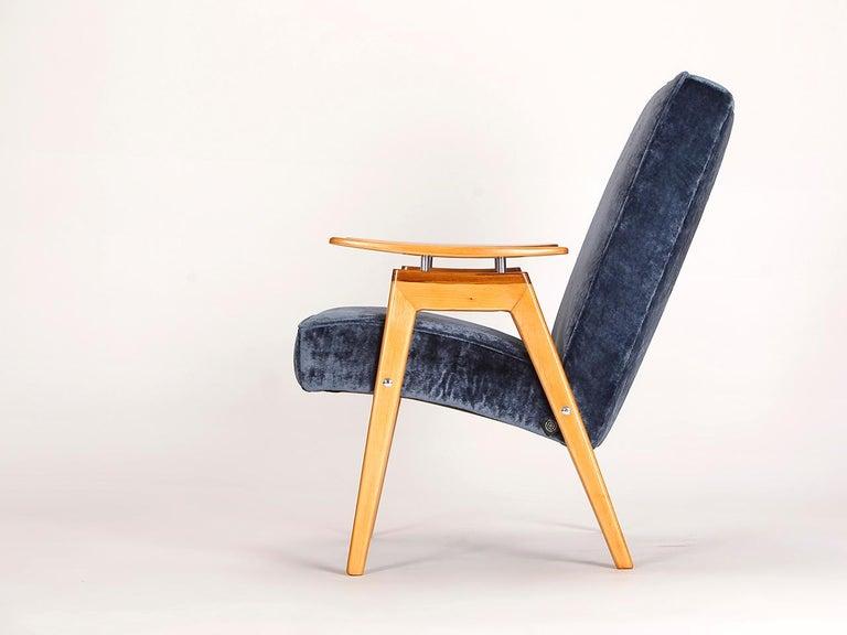 Czech Lounge Chair by Jaroslav Smidek for Jitona, 1960s For Sale