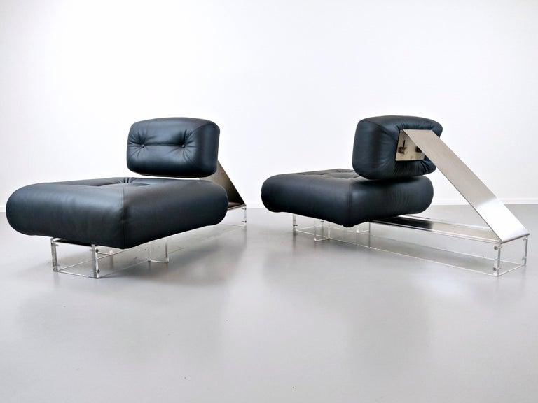 Brazilian Lounge Chair by Oscar Niemeyer in Plexiglass, Steel and Black Leather For Sale