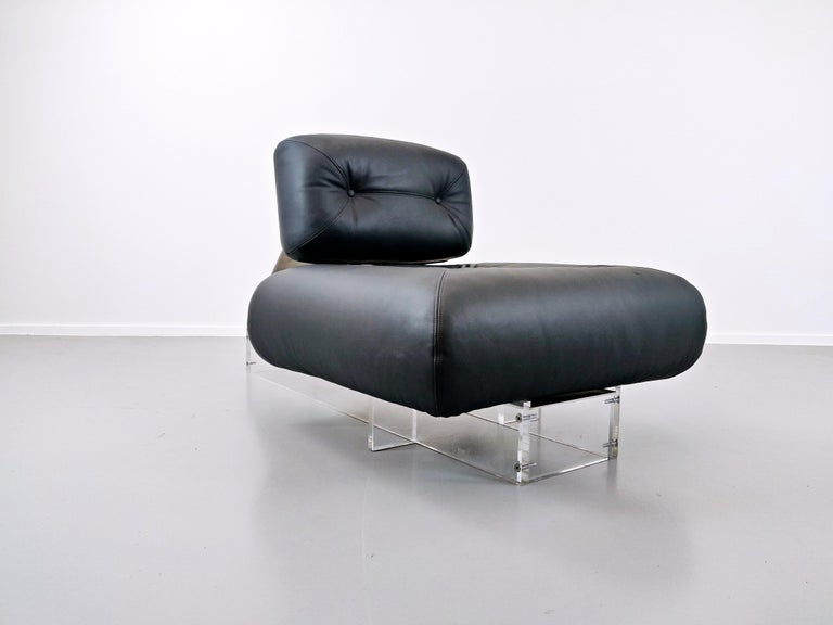 Stainless Steel Lounge Chair by Oscar Niemeyer in Plexiglass, Steel and Black Leather For Sale