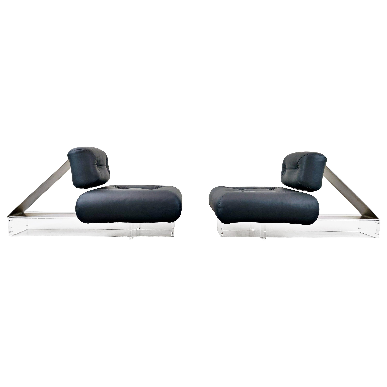 Lounge Chair by Oscar Niemeyer in Plexiglass, Steel and Black Leather