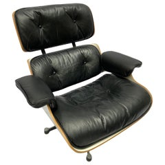 Lounge Chair Charles Eames and Ottoman, 1977, Mobilier International