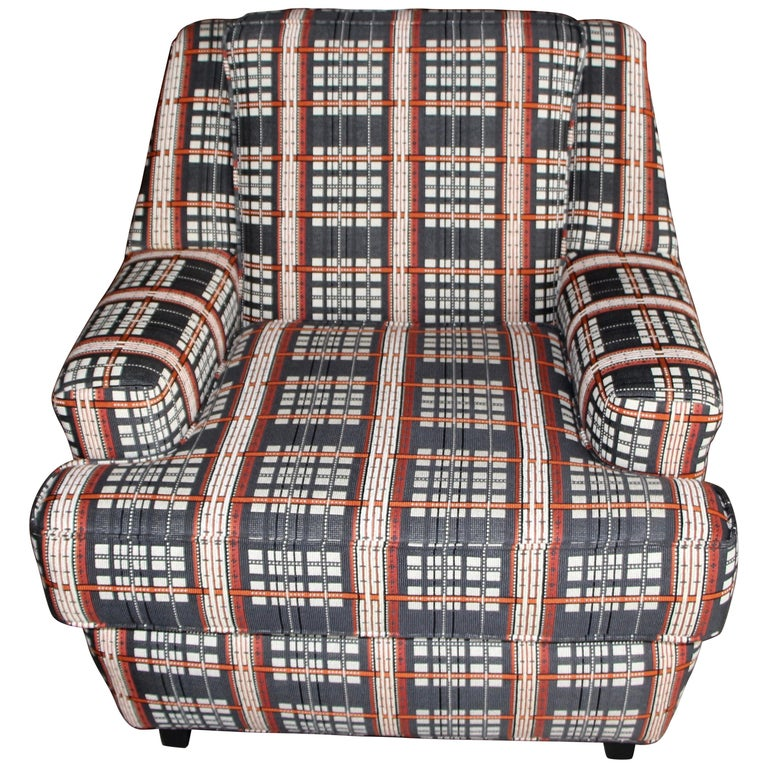 Lounge Chair in Knoll Fabric Designed by Dorothy Cosonas For Sale