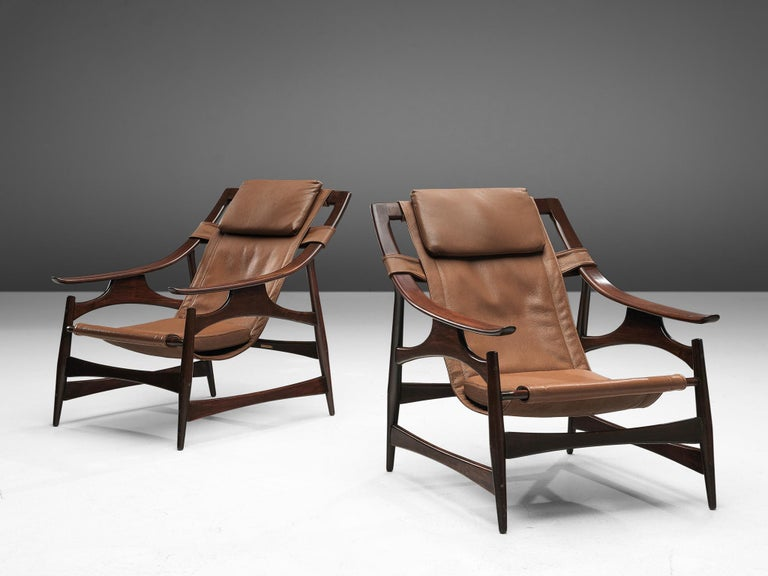 Lounge Chair in Brazillian Walnut by Liceu De Artes Sao Paulo In Good Condition For Sale In Waalwijk, NL