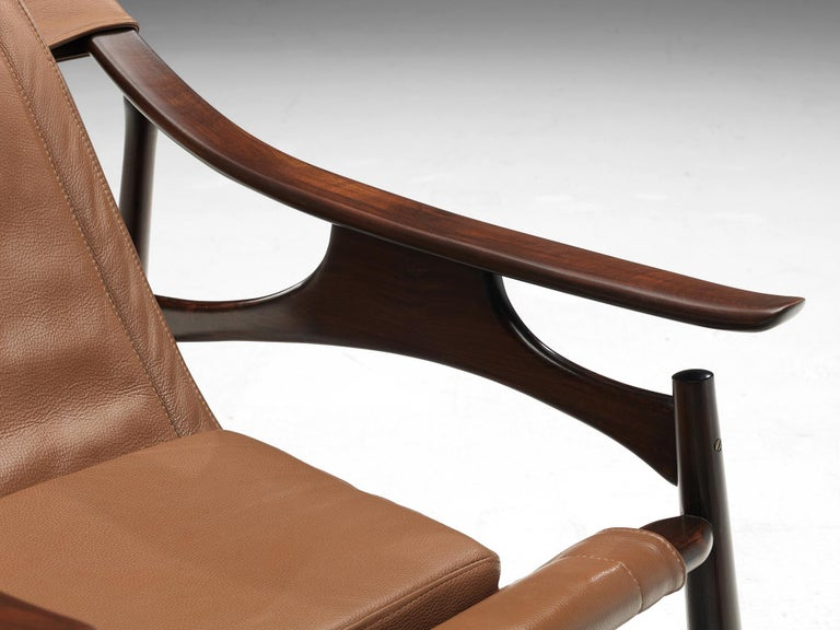 Lounge Chair in Brazillian Walnut by Liceu De Artes Sao Paulo For Sale 1