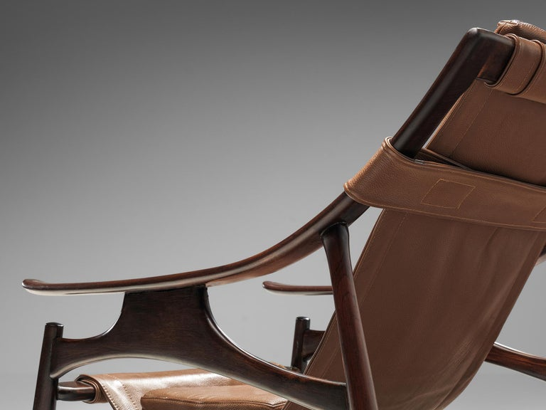 Lounge Chair in Brazillian Walnut by Liceu De Artes Sao Paulo For Sale 2