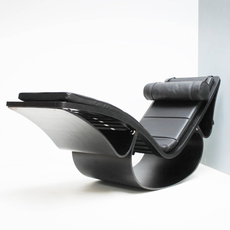 Stained Lounge Chair 'Rio' by Oscar Niemeyer for Fasem International For Sale