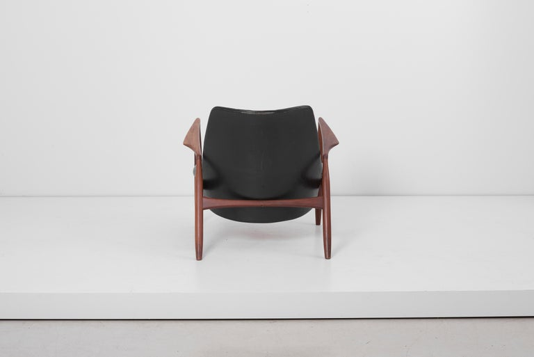 Lounge Chair Seal 'Sälen', Model 503-799 by Ib Kofod-Larsen for OPE Olof Persson In Fair Condition For Sale In Berlin, DE
