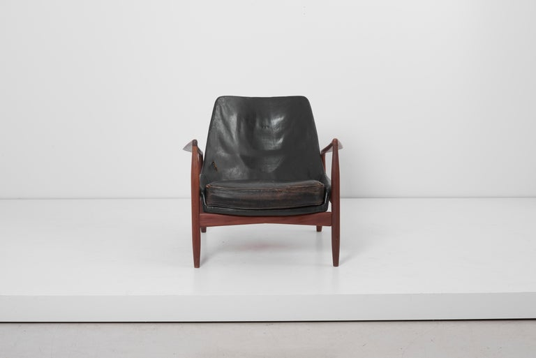 20th Century Lounge Chair Seal 'Sälen', Model 503-799 by Ib Kofod-Larsen for OPE Olof Persson For Sale