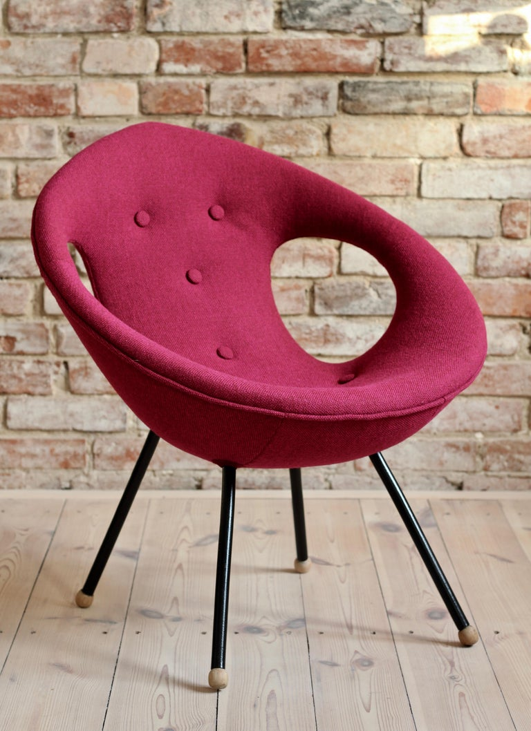 Mid-Century Modern Lounge Chair, UFO, Reupholstered in Kvadrat Fabric, Space Age, Midcentury For Sale
