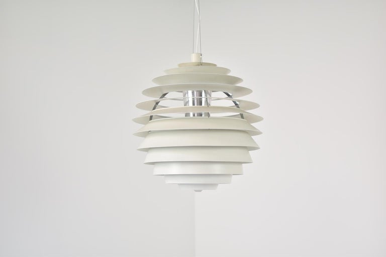 'Louvre' Pendant Designed by Poul Henningsen for Louis Poulsen, Denmark, 1957 In Good Condition For Sale In Antwerp, BE