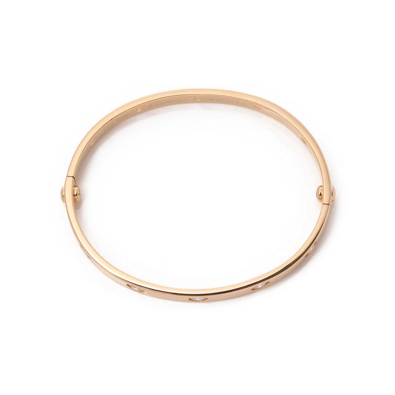 Love 10 Diamond 18 Carat Yellow Gold Bangle In Excellent Condition For Sale In Bishop's Stortford, Hertfordshire