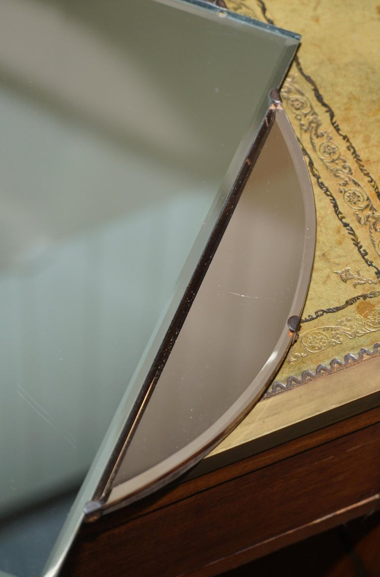 Lovely 1930s French Art Deco Beveled Mirror with Square Inside Circle Rare For Sale 1