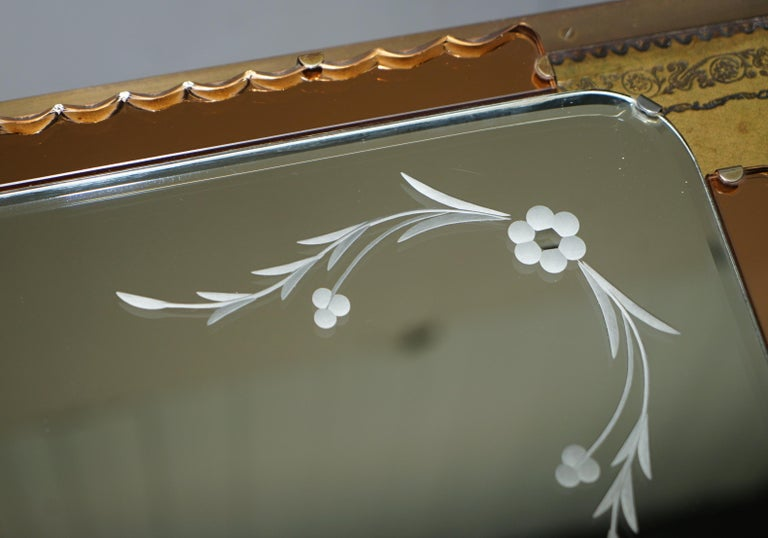 Lovely 1930s Peach French Art Deco Venetian Etched and Engraved Bevelled Mirror For Sale 5