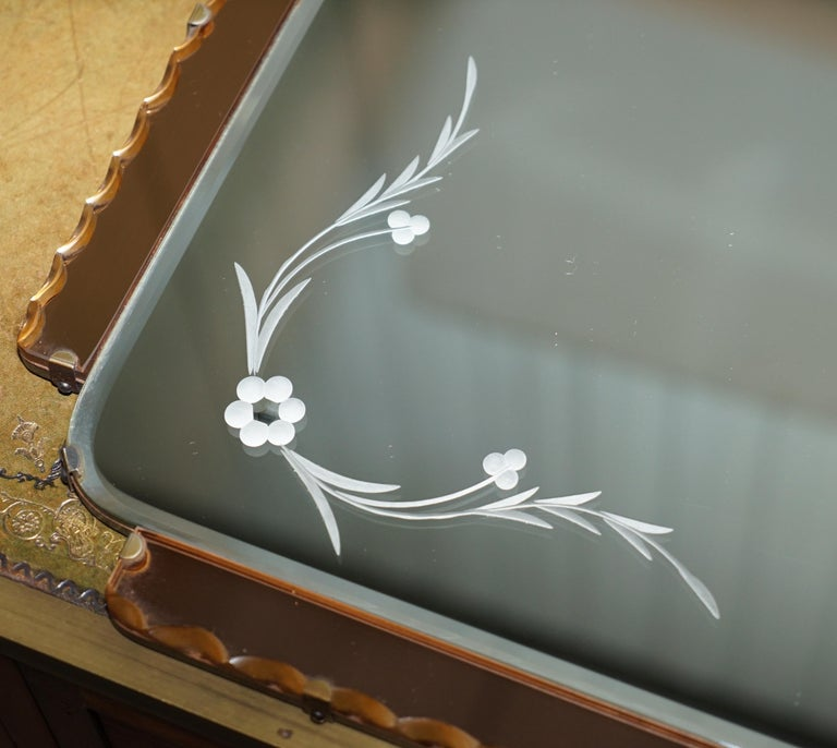 Hand-Crafted Lovely 1930s Peach French Art Deco Venetian Etched and Engraved Bevelled Mirror For Sale