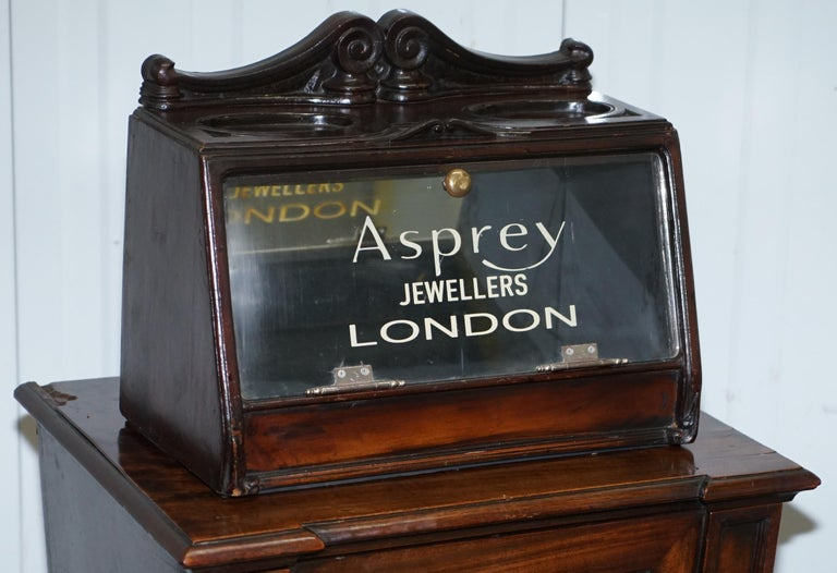 Mid-Century Modern Lovely 1940s Counter Top Asprey London Jewellers Haberdashery Display Case For Sale