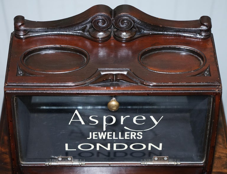 English Lovely 1940s Counter Top Asprey London Jewellers Haberdashery Display Case For Sale