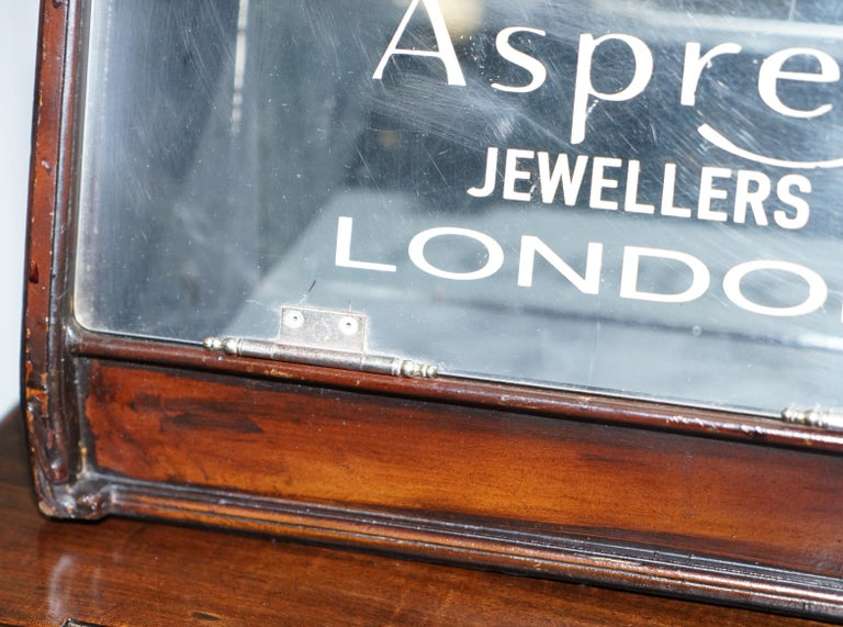 Lovely 1940s Counter Top Asprey London Jewellers Haberdashery Display Case For Sale 1