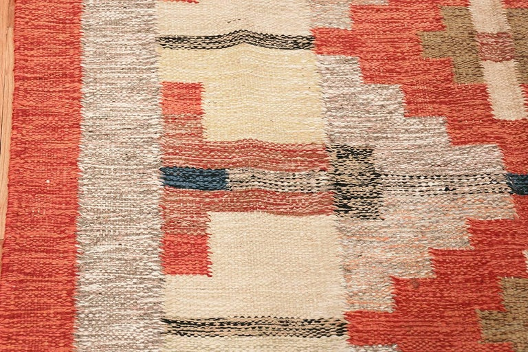 20th Century Lovely and Vibrant Vintage Swedish Kilim. Size: 6 ft x 9 ft 9 in For Sale