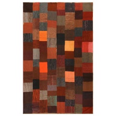 Lovely Antique American Hooked Rug. Size: 6 ft 5 in x 9 ft 9 in