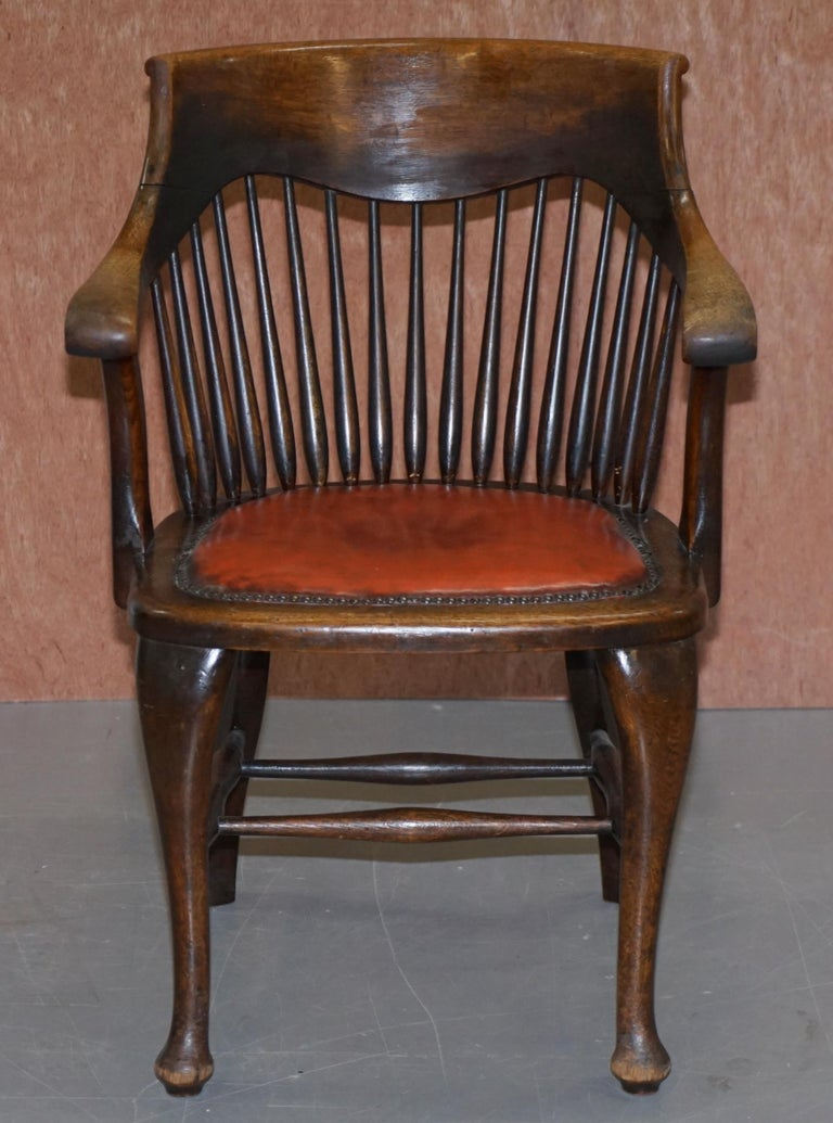 Hand-Crafted Lovely Antique English Edwardian Ralph Johnson Oak Captains Office Desk Armchair For Sale