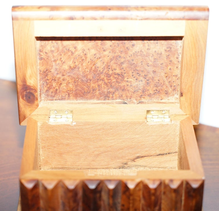 Lovely Antique Hand Made Burr Walnut Trinket Jewellery Box Stunning Patina For Sale 2