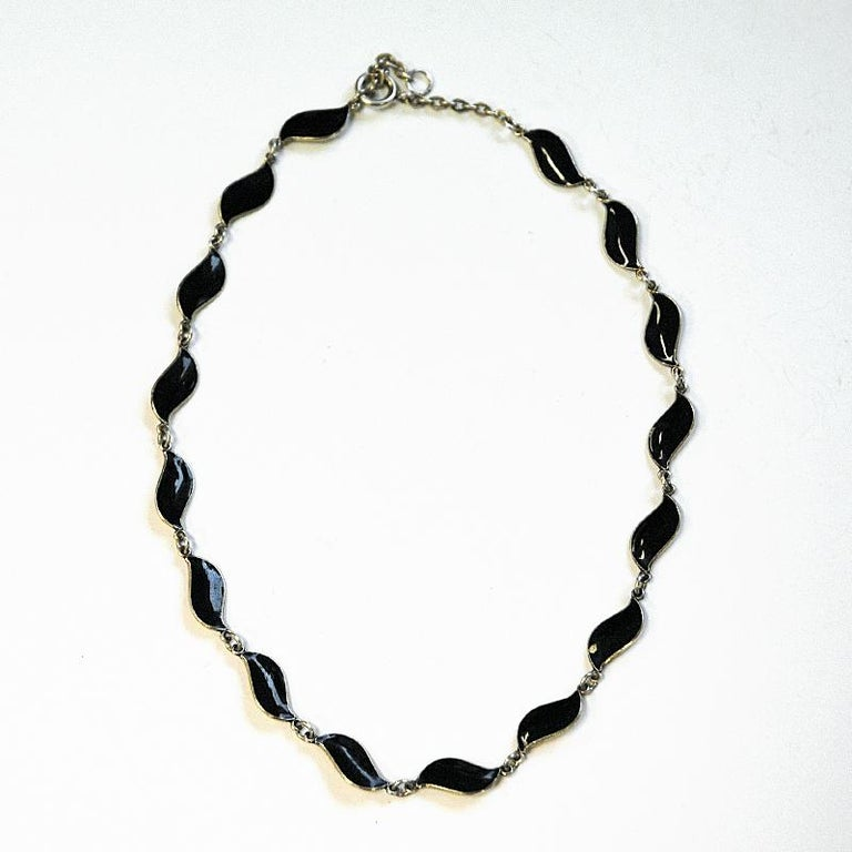 Lovely Black Enameled Necklace by Aksel Holmsen, 1950s, Norway For Sale 1