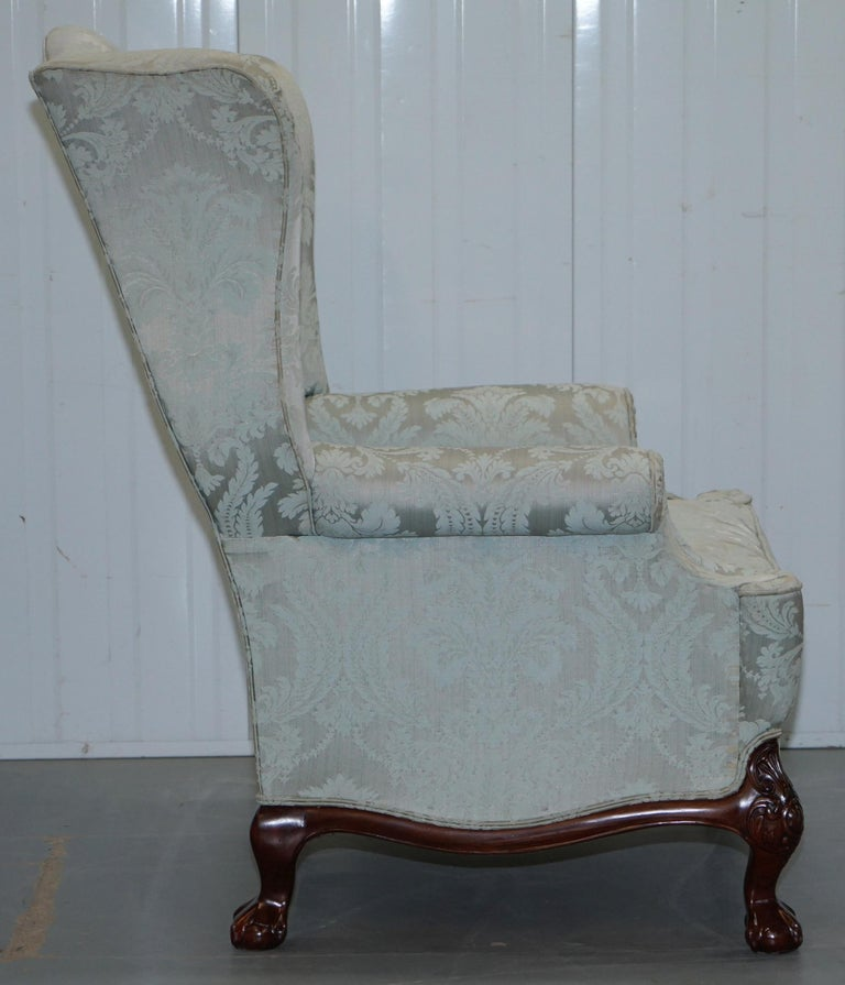 Lovely Brights of Nettlebed Three Piece Sofa & Armchair Suite Damask Upholstery For Sale 9