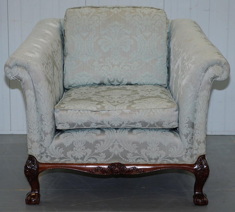 Lovely Brights of Nettlebed Three Piece Sofa & Armchair Suite Damask Upholstery For Sale 11