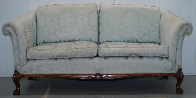 Modern Lovely Brights of Nettlebed Three Piece Sofa & Armchair Suite Damask Upholstery For Sale