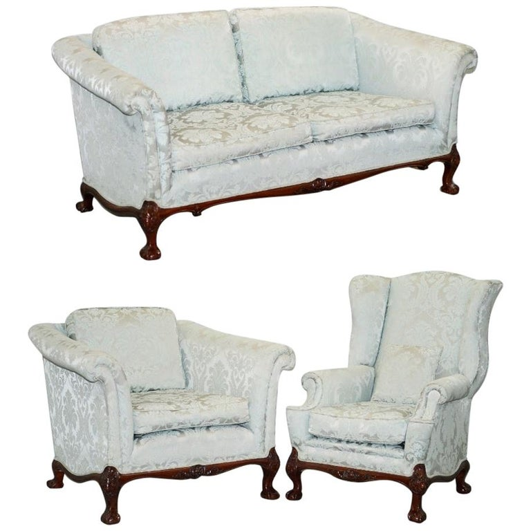 Lovely Brights of Nettlebed Three Piece Sofa & Armchair Suite Damask Upholstery For Sale